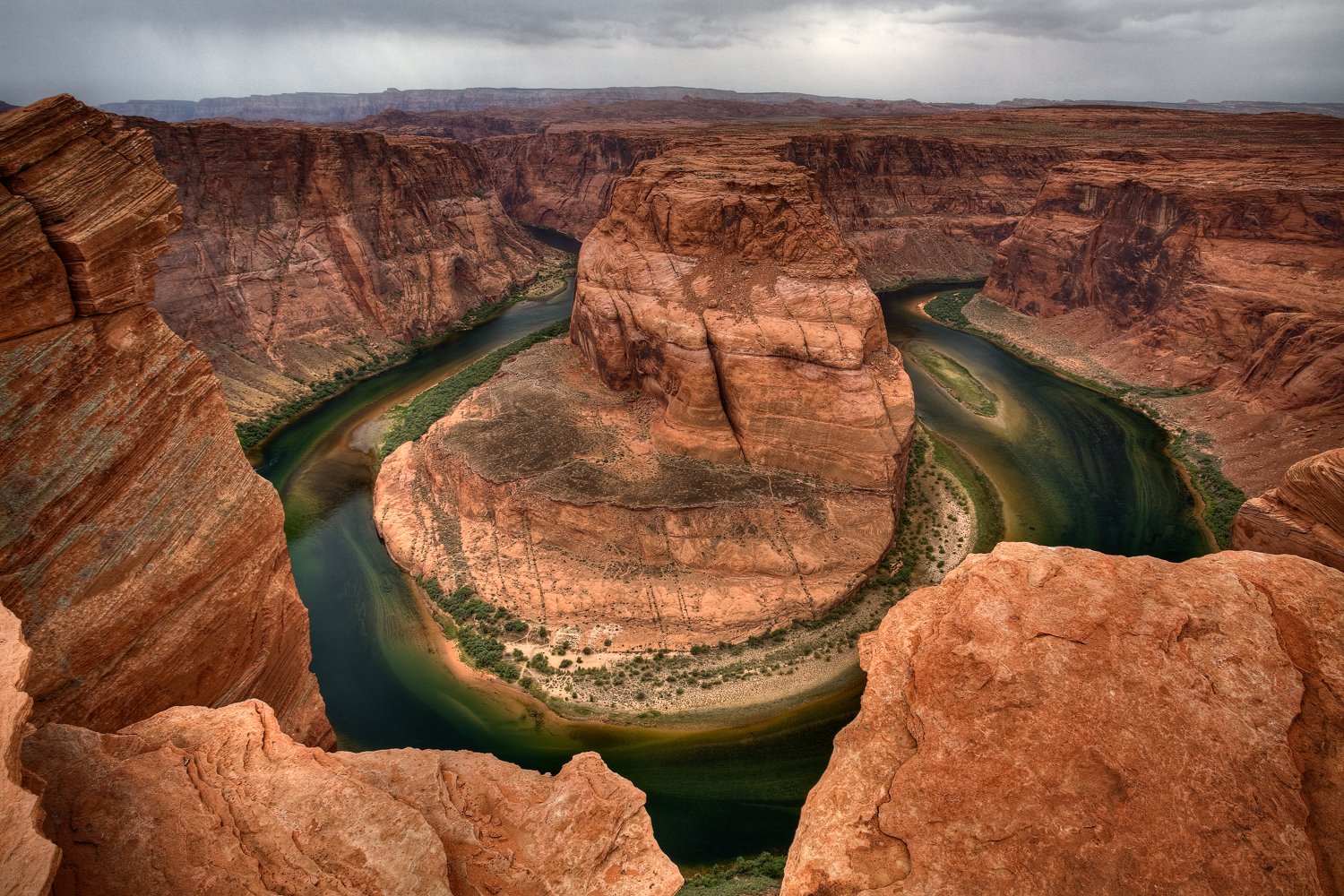 Rainy morning landscape view at Horseshoe Bend