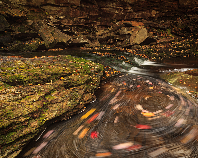 West Virginia, Elakala Falls, Water Motion Swirl